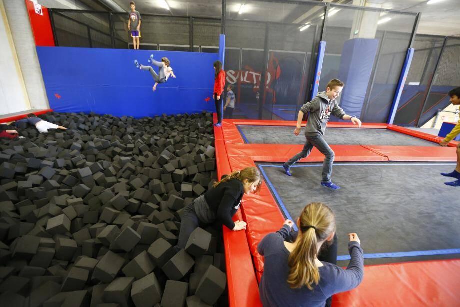 Mille mètres carrés, 35 trampolines et des tas d'activités différentes.