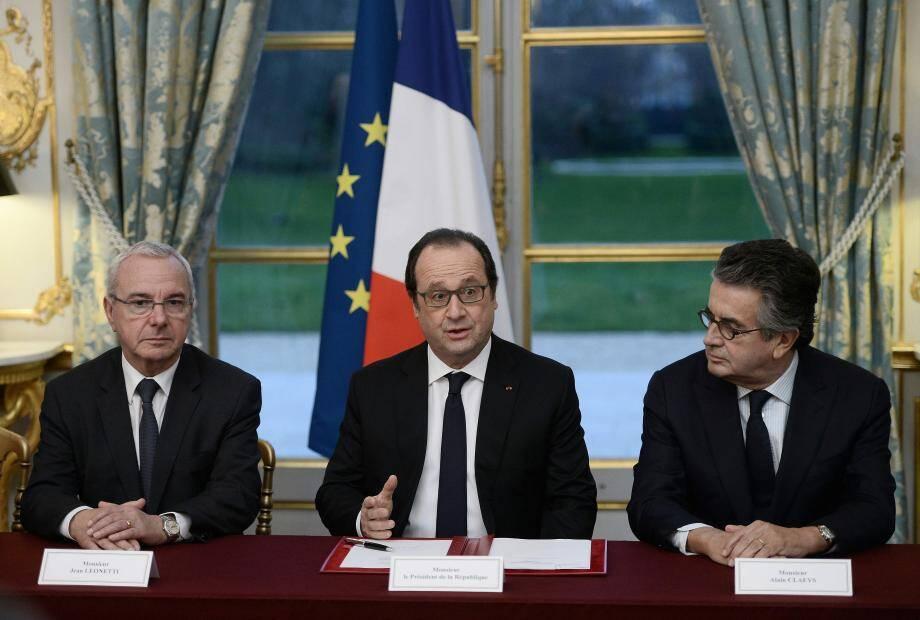 Jean Leonetti et Alain Clayes reçus par François Hollande à l'Elysée.