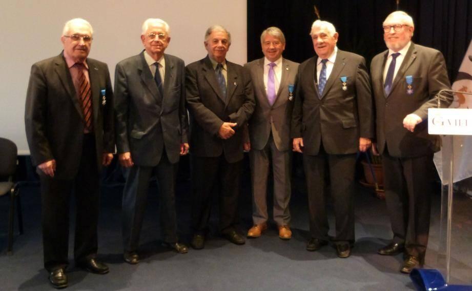 De g. à d. : Albert Cerado, René Dievart, André Avigdor, Bernard Lambert, Jean Marchay et Christian Vialla.