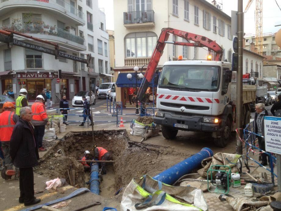 Réparation de la canalisation avenue Renoir