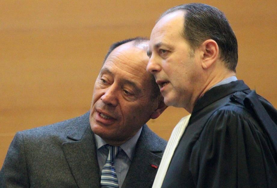 En mars 2015, Claude Ruiz-Picasso à Grasse au côté de son avocat, Me Neuer.