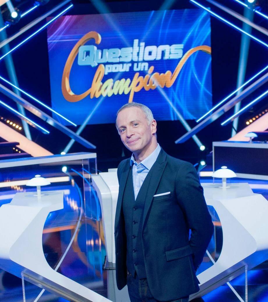 Samuel Etienne, 44 ans, ex-présentateur du 12-13, prend les commandes de « Questions pour un champion » à partir du 22 février