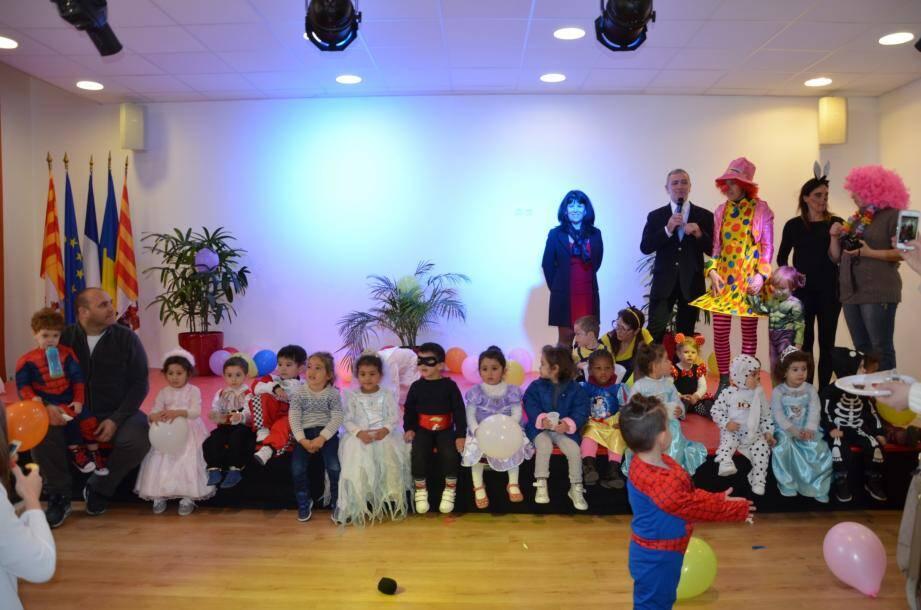 Les enfants étaient déguisés en princesses, Belle au bois dormant, tortue Ninja, Barbie, bébé Dalmatien ou encore pilote de F1…