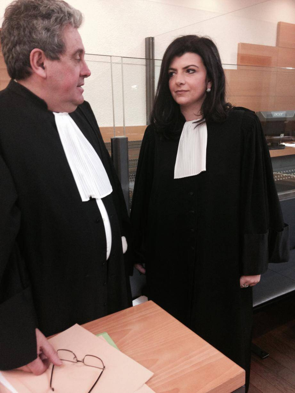 Mes Ginez et Vazzana estiment que, jusqu'à présent, l'accusation n'a pas ramené la preuve de la culpabilité de Joao Da Silva.
