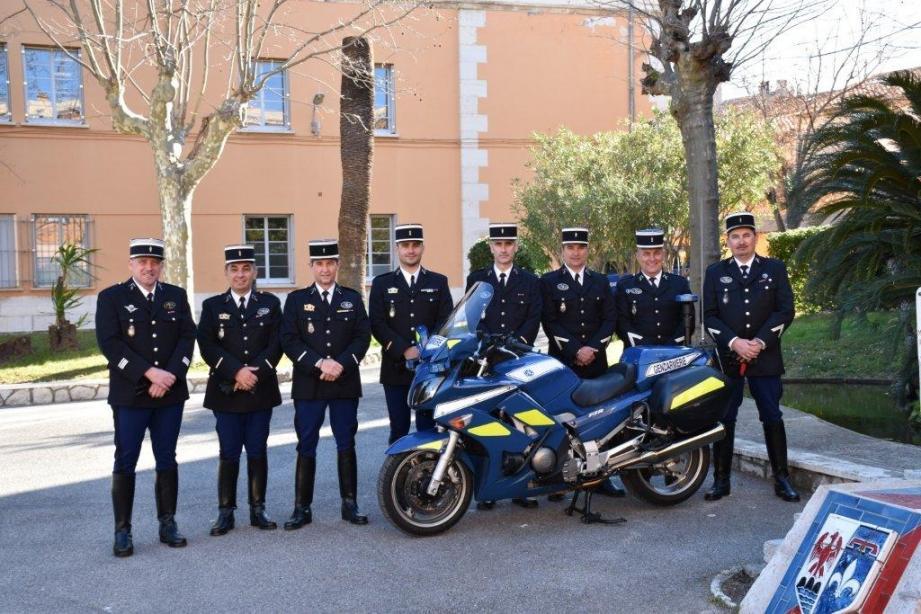 Les huit gendarmes de la brigade motorisée d'Antibes œuvrent sur les comportements routiers à risques, notamment sur le bord de mer. (DR)