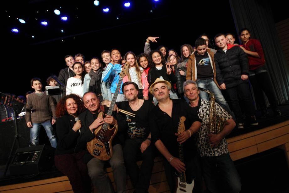 Le groupe Nadiamori a fait vibrer les enfants au son de leur musique mélangeant électro et jazz.