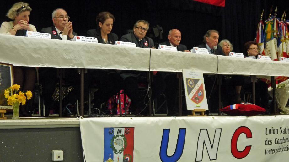 De gche à drte, Mireille Gendrot, Lucien Gendrot, Muriel Lecca, Philippe Leonelli, Roger Darras, Jean-Michel Couve, Michèle Vieillard et Maryse Dujarric.