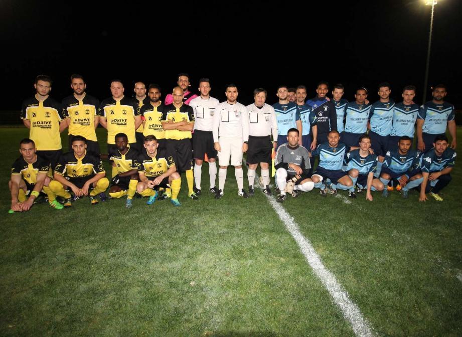 Tous les acteurs (Vidauban en jaune, Lorgues en bleu) qui ont fait honneur à la pratique du football amateur.