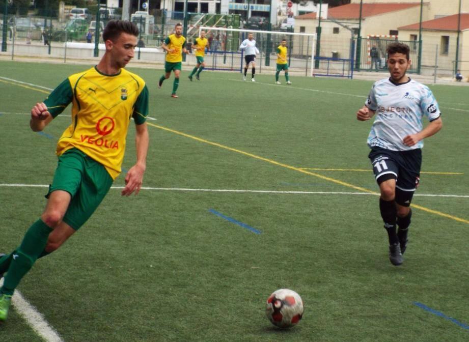 Le jeune Bousala, décisif sur le premier but, et ses partenaires ont fait un pas décisif pour la montée en DH.