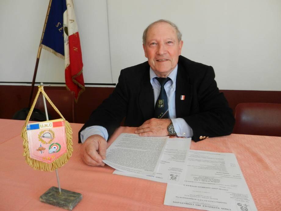 Claude Rollandin préside la section locale de l'Union nationale des combattants.