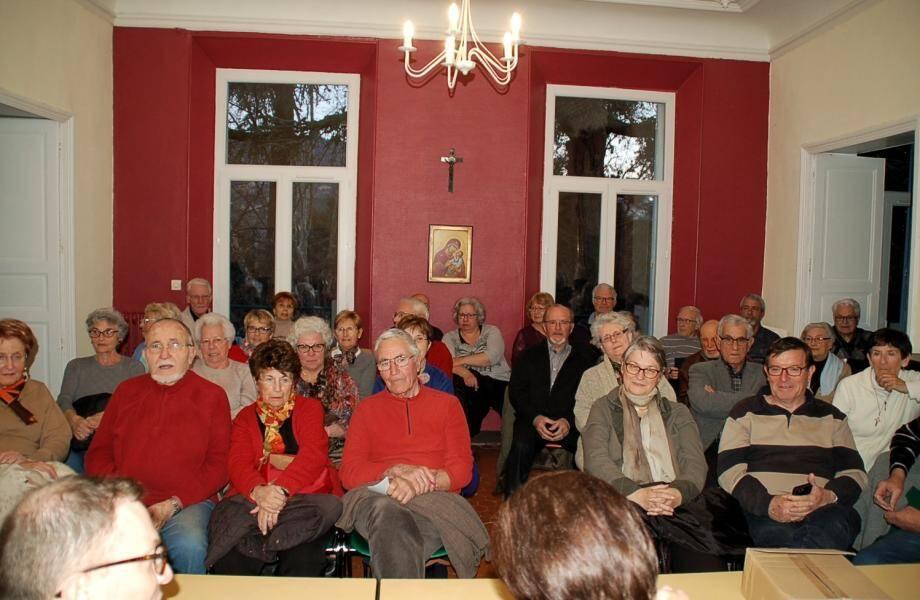Les sociétaires de l'association des Amis du Beausset vieux se sont déplacés en masse.