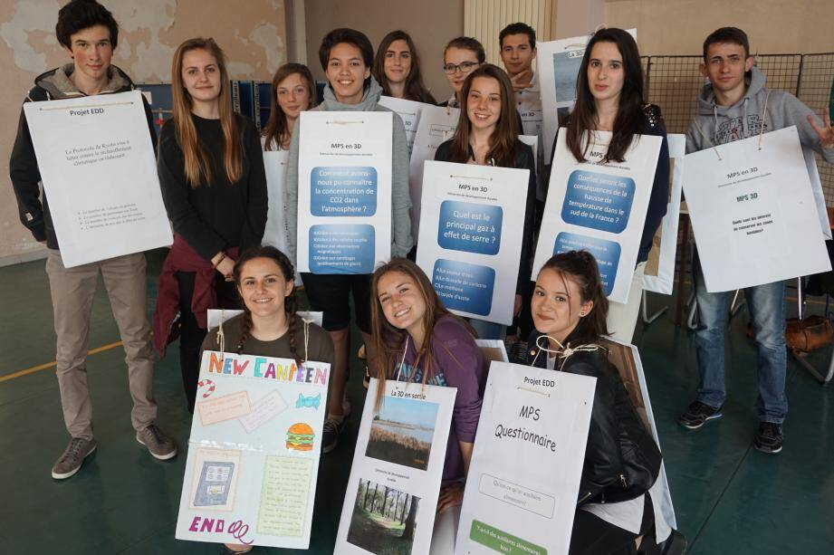Les élèves des classes à projet « musique » et « développement durable » ont présenté eux-mêmes leurs cursus.