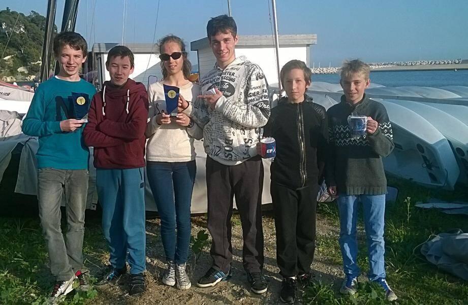 La saison débute fort, pour les jeunes régatiers du Centre nautique de Bauduen.