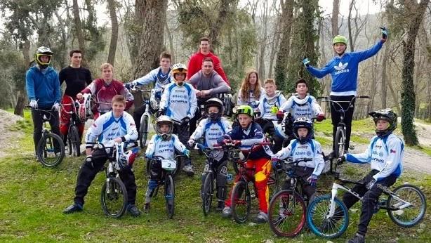 Les petits champions tchèques en roue libre.