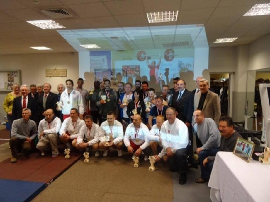 Athlètes et dirigeants réunis pour cette compétition organisée en mémoire de leur ami.(DR)
