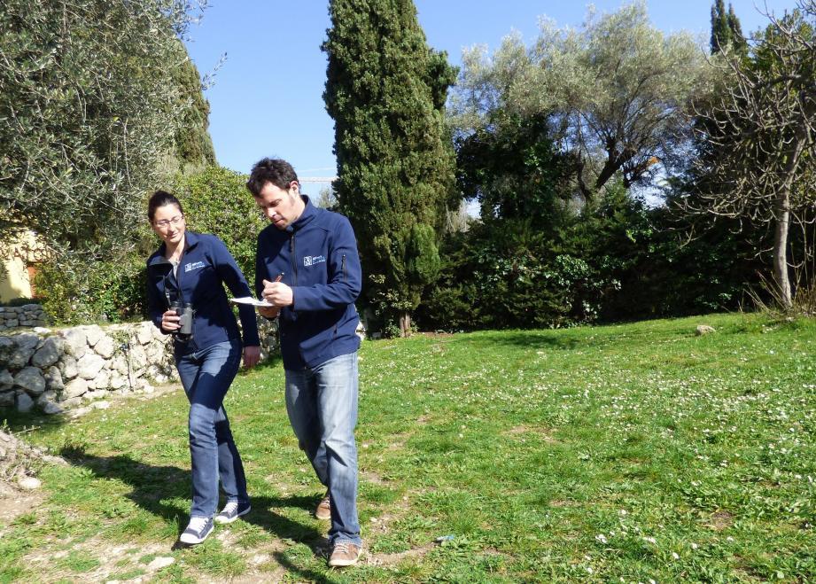 L'antenne LPO basée à Vence est pionnière en matière de diagnostic des jardins chez les particuliers. Cécile Lemarchand et Tangui sont les responsables du suivi du projet vençois.