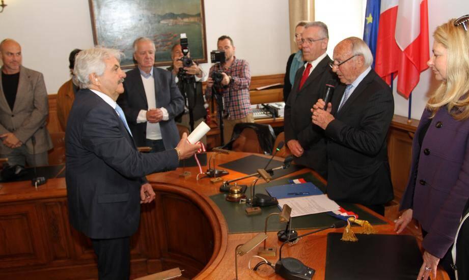 Louis Mas vient d'âtre nommé à l'unanimité par le conseil municipal.