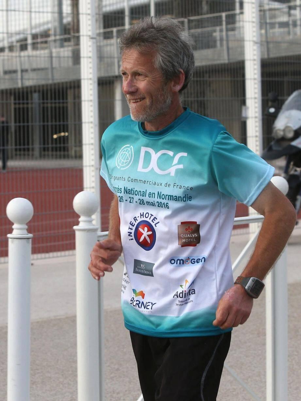Patrick Malandain ne quitte pas son objectif des yeux : parcourir 10 000 km en 100 jours.