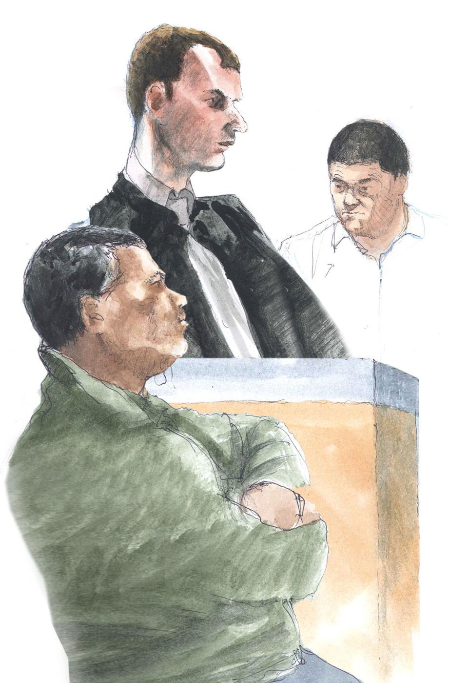 Lotfi Rayas (au premier plan) cherchait la vérité sur la mort de son frère. L'avocat général Nicolas Ruby a présenté Riadh Lahmar comme un « criminel malgré lui ».