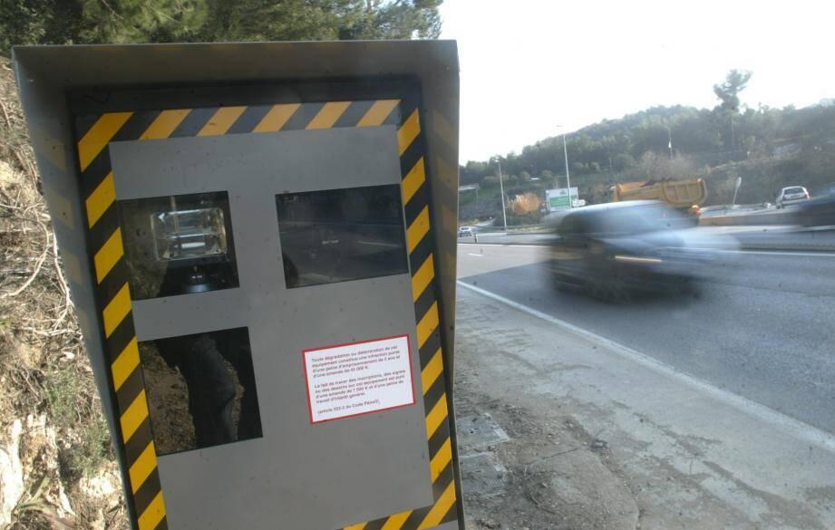 Le radar automatique, redouté par bien des automobilistes.