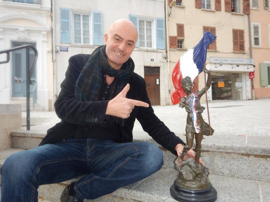 Slimane Sayeh lance un appel à participation pour soutenir son projet de réaliser la statue France.