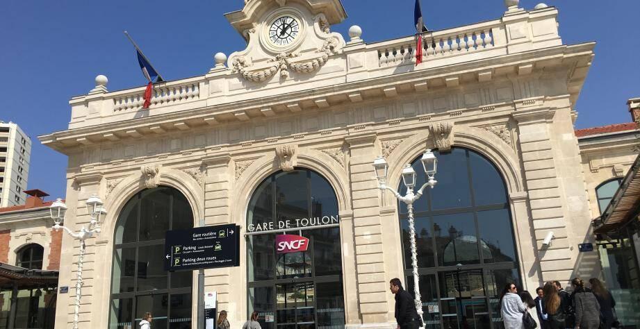 Illustration gare de Toulon