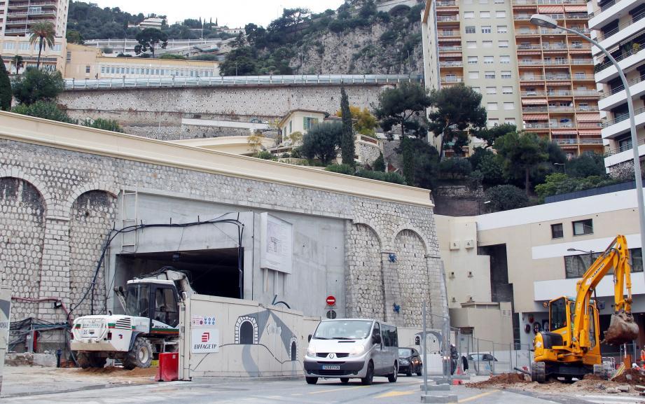 Les travaux se poursuivent à bon rythme à la sortie du tunnel, sous le cimetière de Monaco.