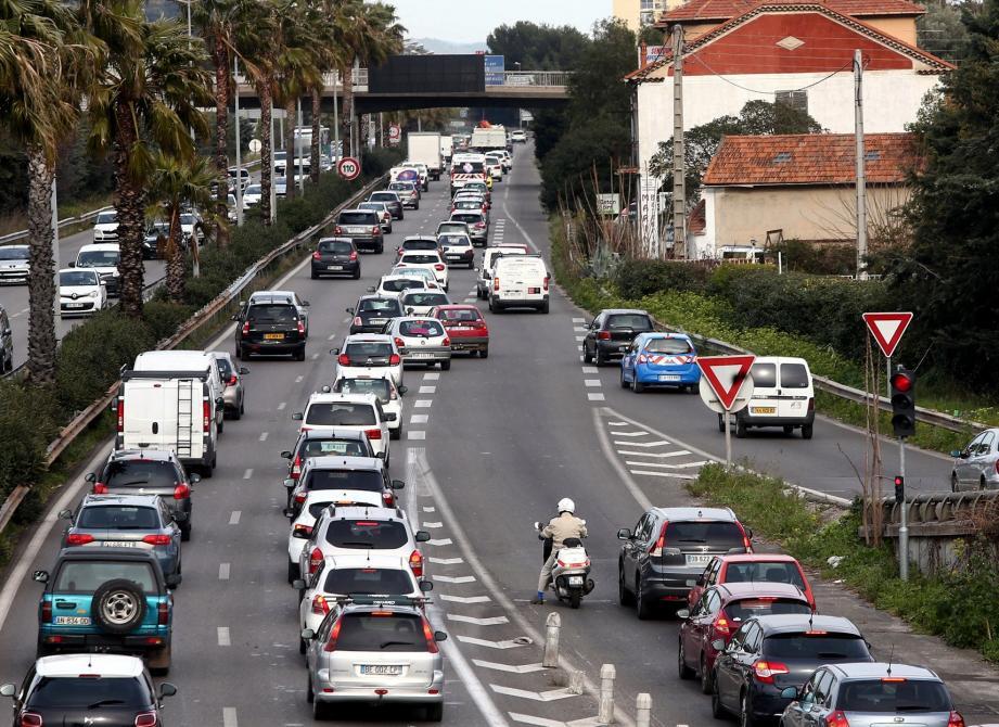 Toulon, illustration de l'éŽchangeur du