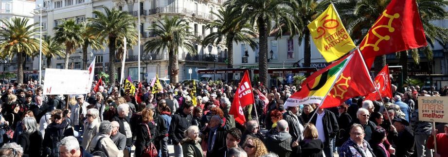 La manifestation du 9 mars contre la loi Travail avait réuni à Toulon 1.000 personnes selon la police, et 4.000 selon la CGT.