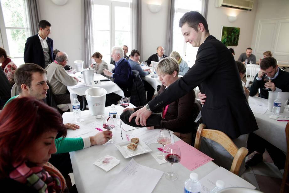 La 3e édition du concours des vins de Provence s'est déroulée à la Maison des vins aux Arcs.