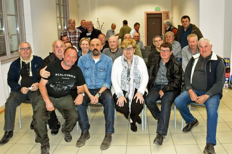 le nouveau président Sébastien Telleschi (à la droite du maire) compte bien motiver plus encore son équipe.