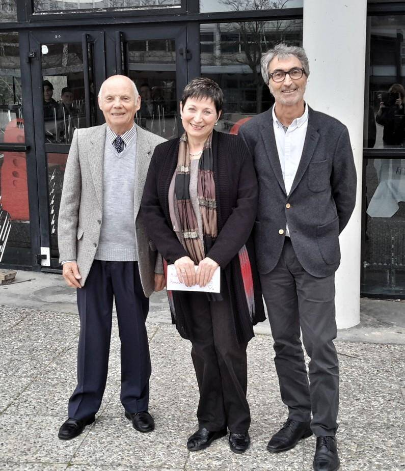 Ghislaine Blanc entourée de Pierre Fressoz (à droite) et Richard Suffren (à gauche), son premier et son dernier principal... Tout un symbole !