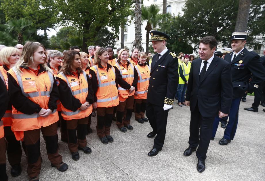 Christian Estrosi, maire de Nice, accueille les réservistes des Alpes-Maritimes à la Villa Masséna.(Photo: Frantz Bouton)