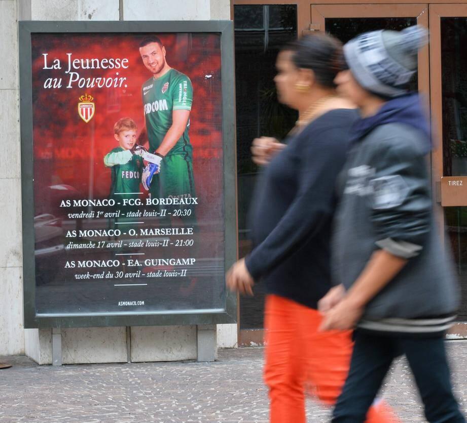 L'une des affiches de la campagne de l'AS Monaco, « les jeunes au pouvoir ».
