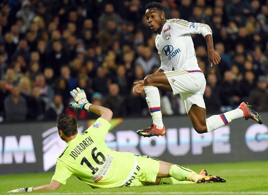 Auteur d'un doublé hier soir à Montpellier, Maxwel Cornet a permis à l'OL de ravir la place de dauphin de la Ligue 1 à Monaco.