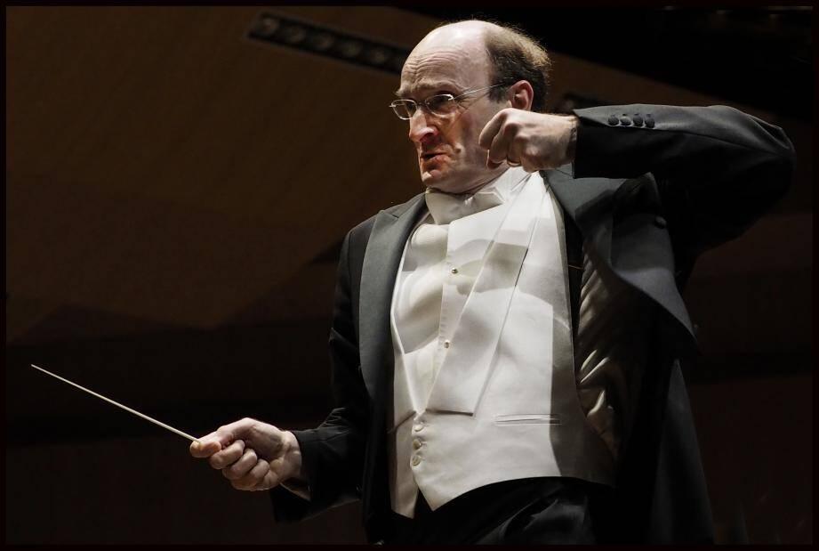 Le chef d'orchestre Andrew Manze de l'Orchestre de Hanovre.
