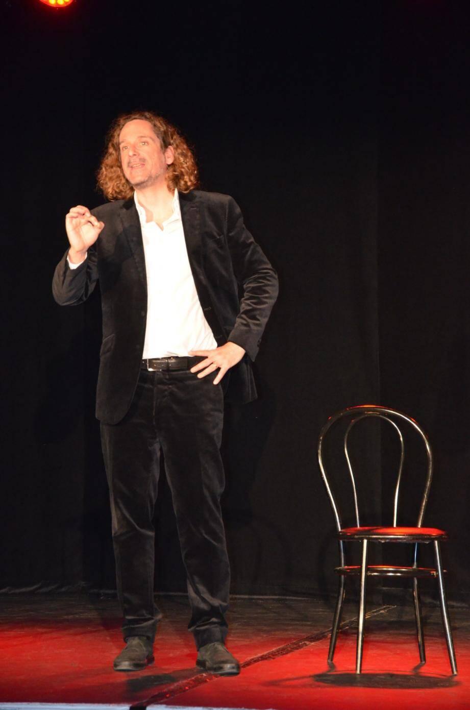 Le public s'est délecté des fables merveilleusement récitées par Jérôme Hauser.