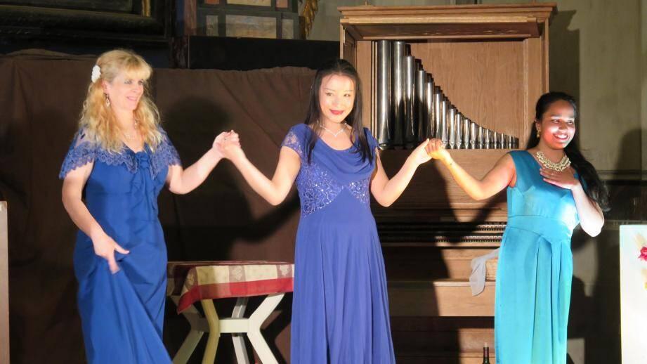 De gauche à droite : Sophie Brissot, Yao Chen et Suma Mellano.