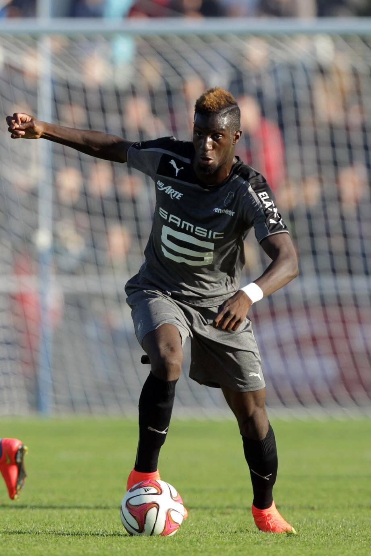 C'est à Rennes que Tiémoué Bakayoko a découvert la Ligue 1 en 2013-2014 : 24 matches, 1 but.