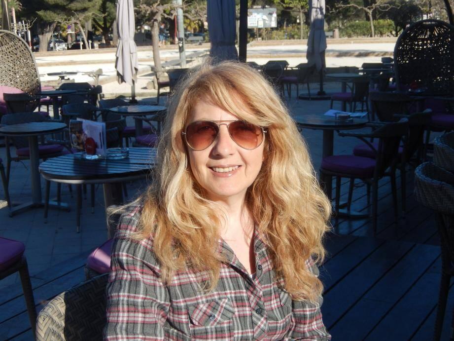Sylvia Marcov a lancé un financement participatif sur Internet pour réaliser son film « Romance » qui sera tourné à Bormes.
