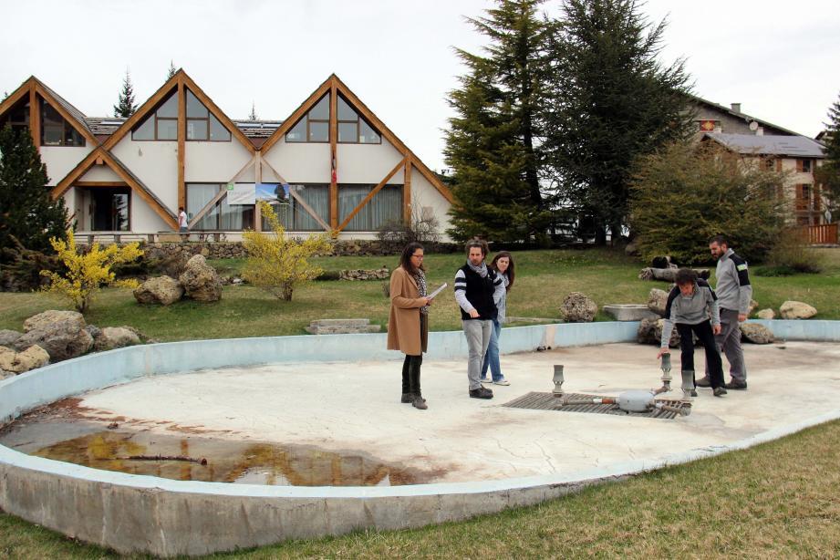 Les principaux acteurs de cette requalification, devant la maison Valbergane, planchent sur un aménagement extérieur et intérieur.