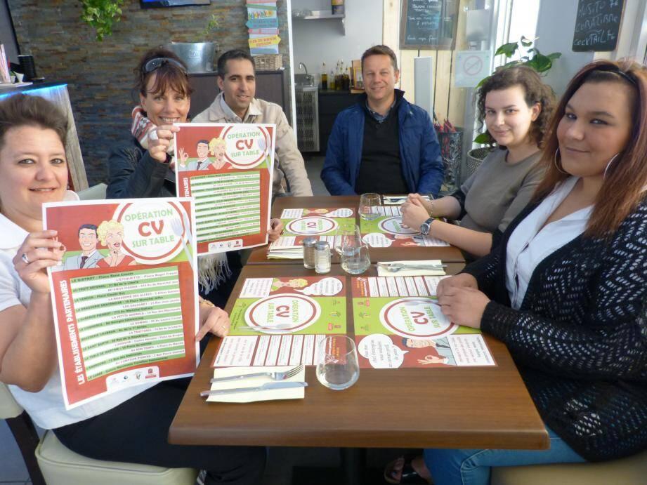 Les promoteurs de « CV sur table » réunis, hier, à la brasserie St-Barth pour annoncer la mise en place du dispositif dans les bars et restaurants.