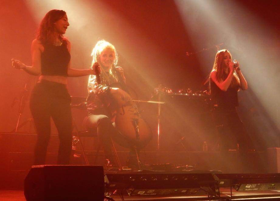 """Le trio musical L.E.J a """"mis le feu"""" au Galli mercredi soir."""