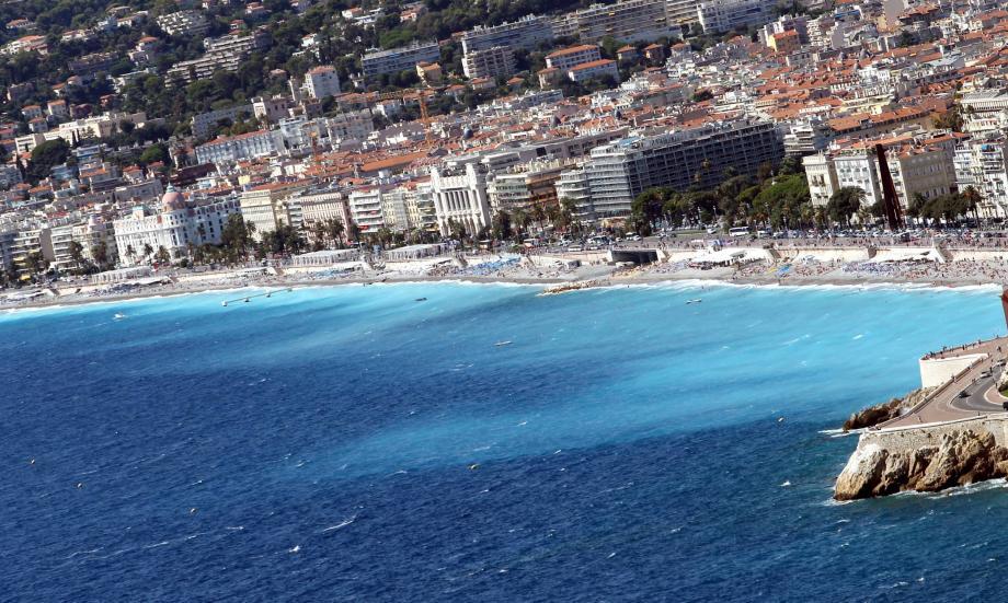 La Baie des Anges vue du Mont Boron, à Nice