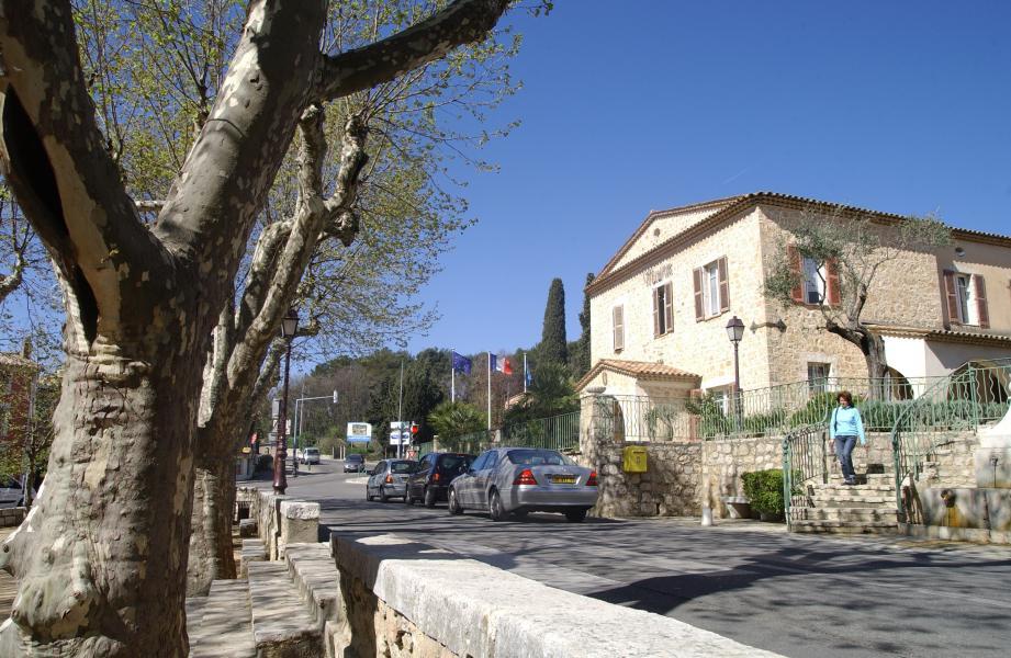 Le village du Rouret.