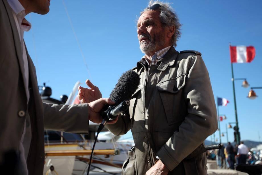 Jean-Marie de Peretti, père d'Aurélie, disparue au Bataclan le 13 novembre exprime son soulagement après le transfert de Salah Abdelsam.