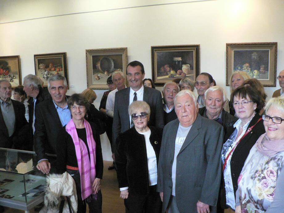 Les quatre enfants de d'Honoré Camos étaient présents pour le vernissage de la nouvelle exposition, samedi au musée de Draguignan.
