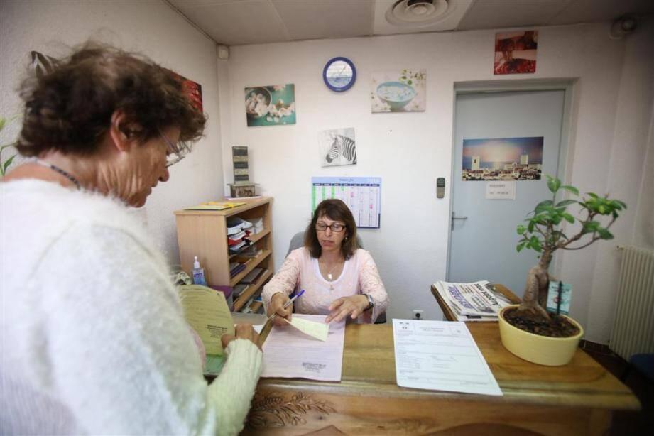 Des objets insolites trouvent souvent refuge dans au Bureau des objets trouvés surtout en été où l'affluence augmente