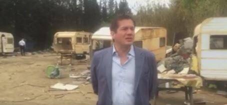 Dans une vidéo postée sur sa page Facebook, Marc-Etienne Lansade commente avec satisfaction l'opération de démolition d'un camp de Roms.