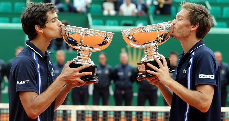 Pierre-Hugues Hebert et Nicolas Mahut vainqueurs du double.